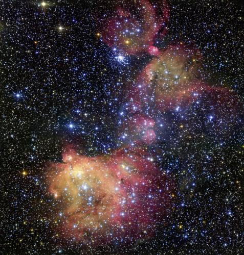 Красивая туманность LHA 120-N55