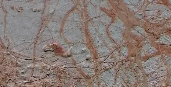 Ледяная поверхность Европы